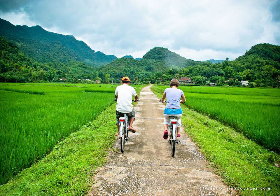 Trek-to-feel-the-beauty-of-Mai Chau