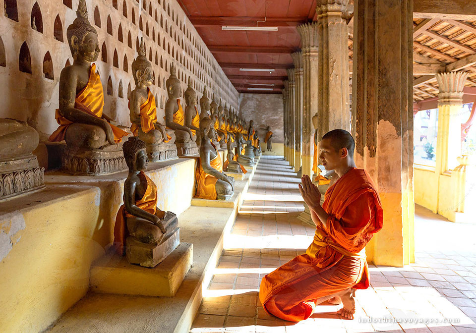 visit the highlights of Vientiane as Wat Sisaket