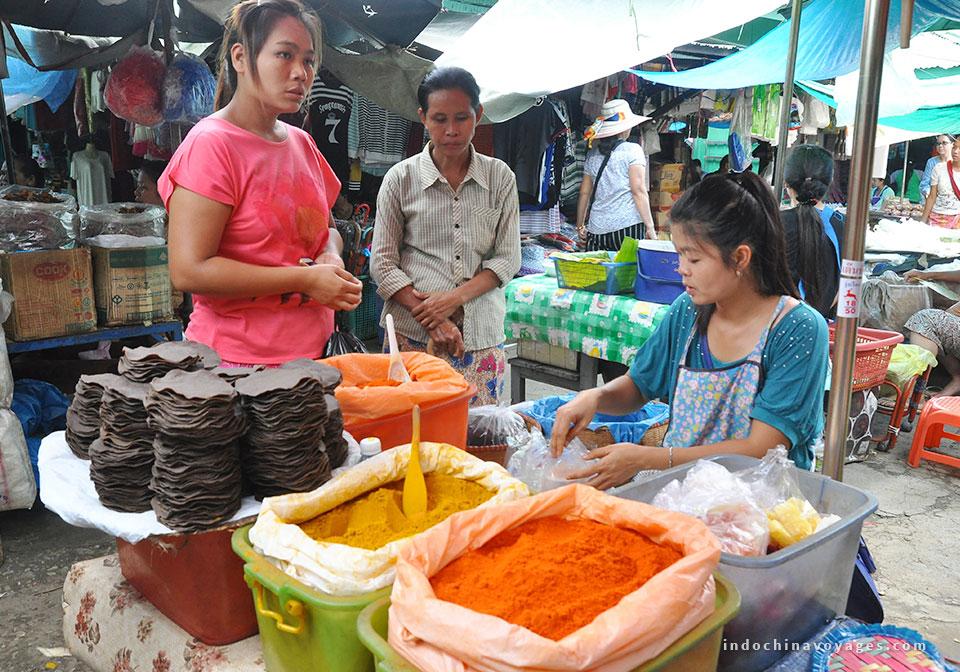 Mawlamyaing central market