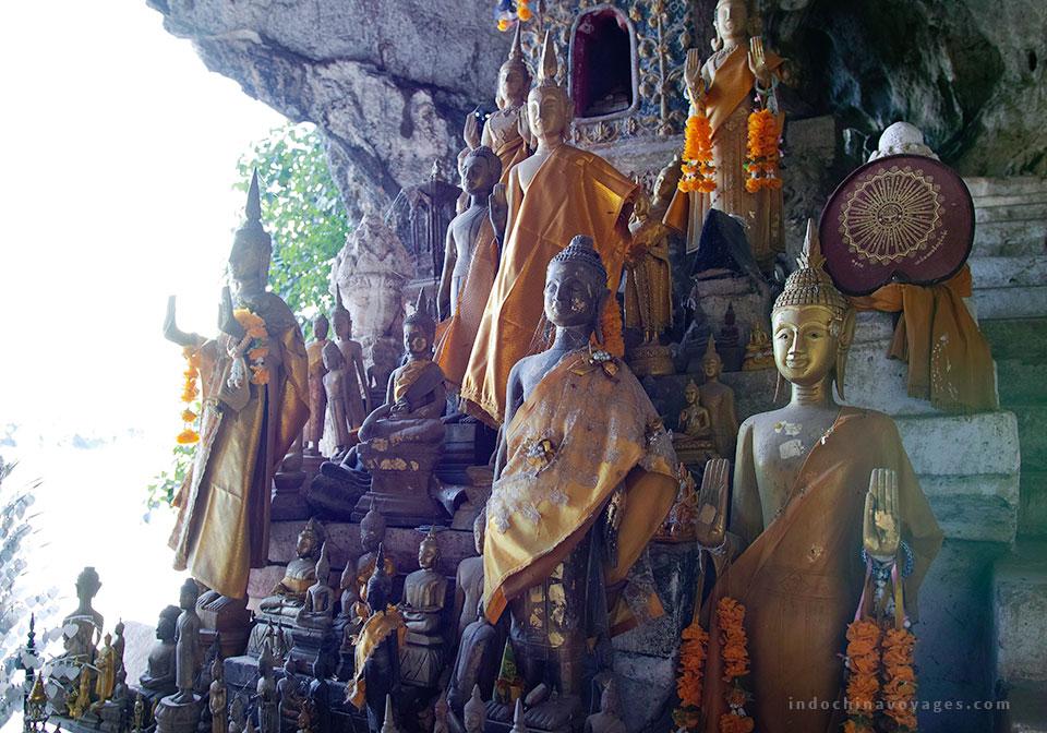 Discover Pak Ou cave