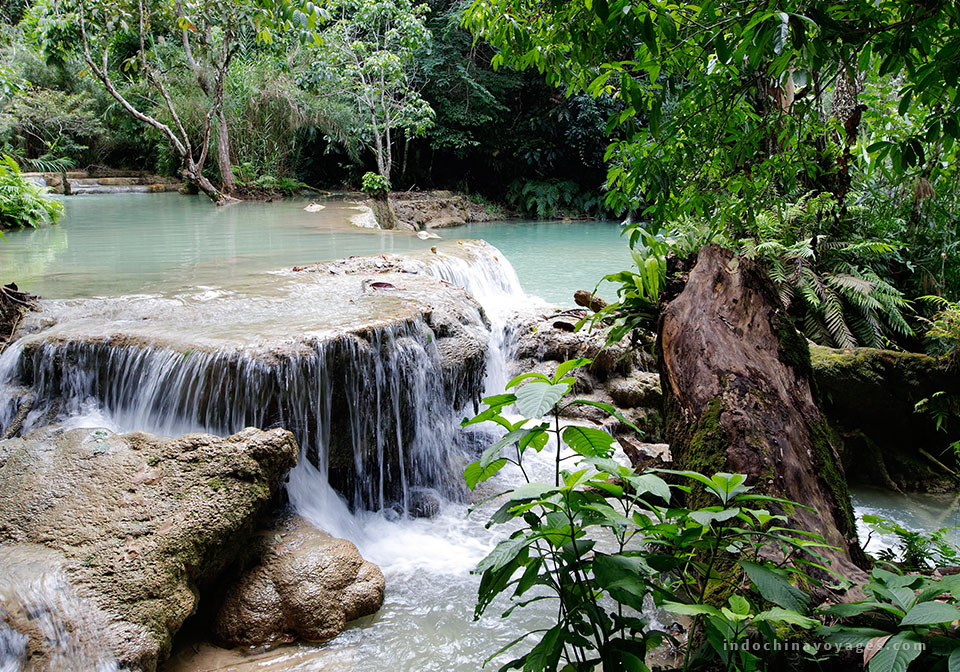 reaching-Kuang-Si-Waterfall