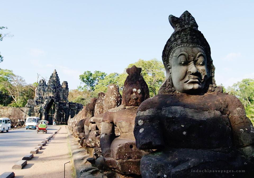 visit-Angkor-Thom
