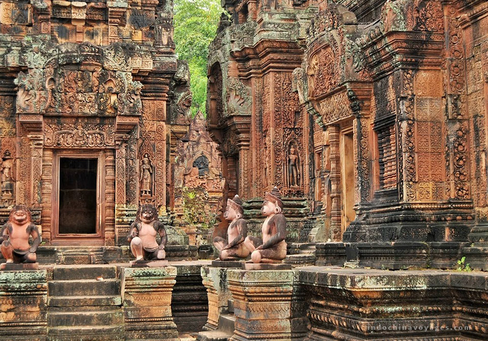 well preserved temple of Banteay Srei