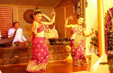 Charming dance of beautiful Laos dancers