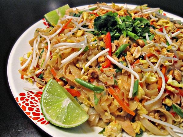 Pad Thai (phat-thai)