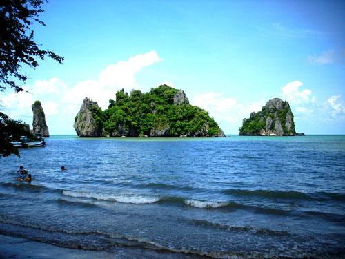 En Island and Boc Island
