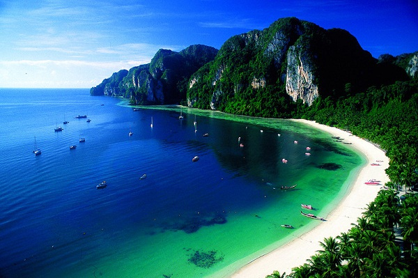 Phi Phi Island's beautiful beaches and rocks