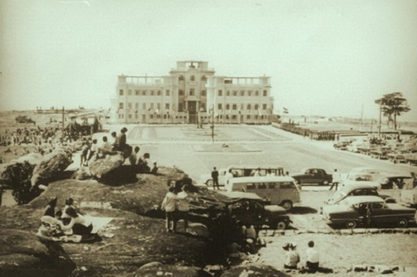 Bokor Palace Hotel & Casino in the French colonial period
