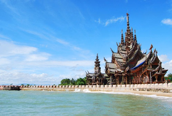 The Sanctuary of The Truth with view of the Gulf of Thailand