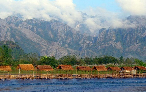 The pretty town of Vang Vieng