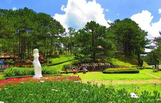 Wandering in the Valley of Love in Dalat – the land of loves