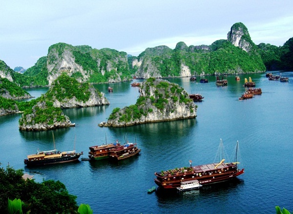 Cool weather in Halong Bay