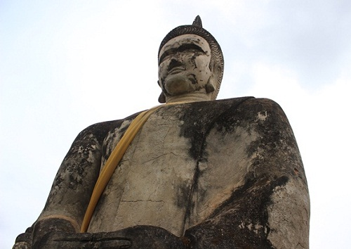 The huge statue of Buddha
