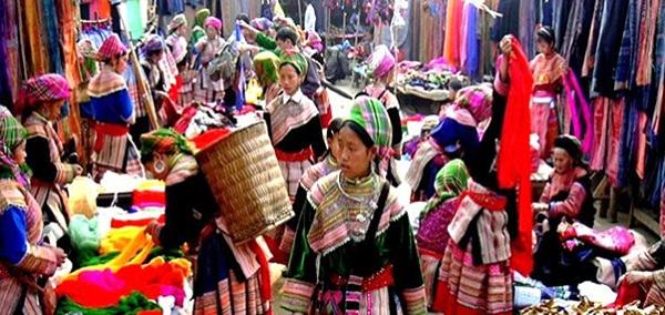 Colorful Sapa Market