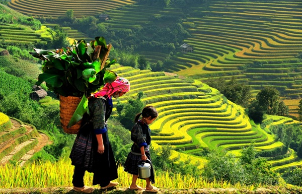 Sapa with beauty of rich nature and ethnic people
