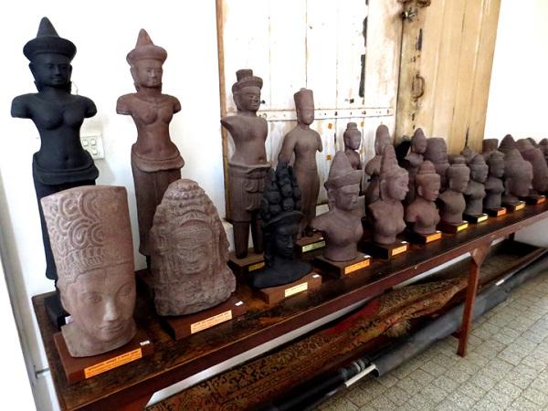 Khmer antiques