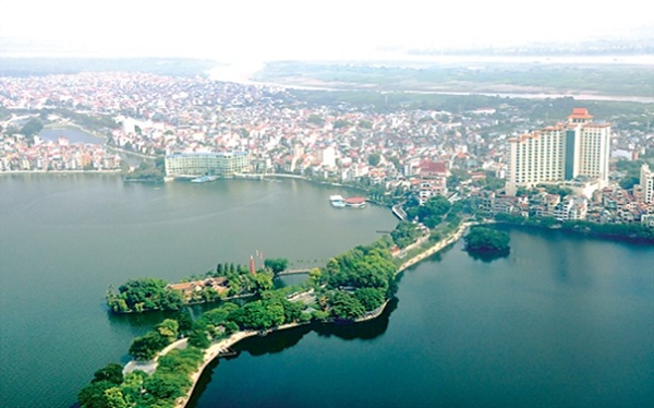 An amazing panoramic view of Hanoi from high above