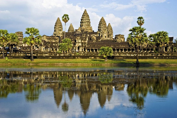Choosing the best time to visit Angkor Wat makes your trip more pefect