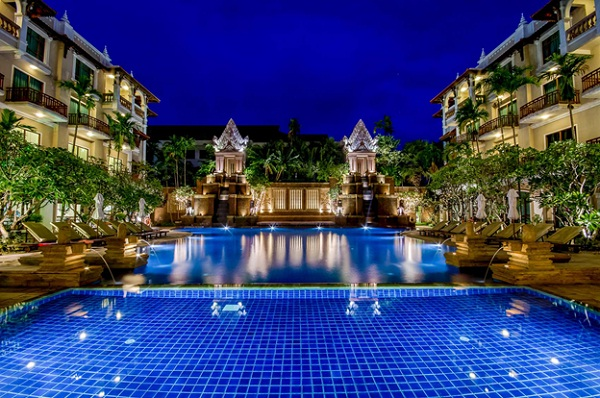 Sokha Angkor Resort with large outside pool