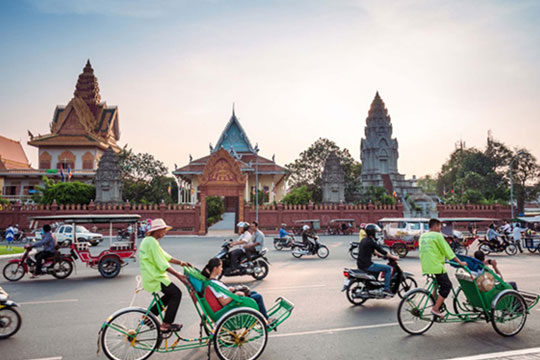Phnom Penh City Highlights Tour