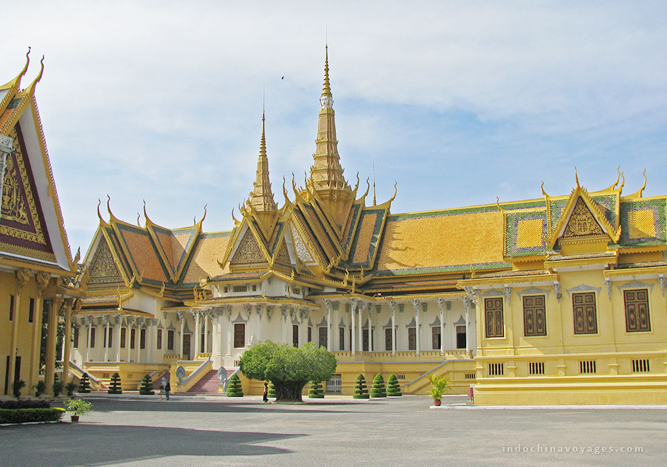 Royal-Palace-Phnom-Penh-1