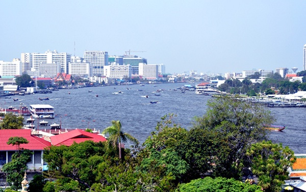 Chao Phraya River has formed the largest river system in Thai Lan