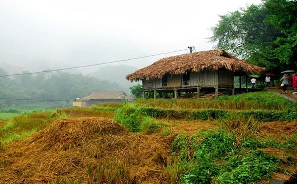 Giang Mo village an attractive community cultural destination in Hoa Binh