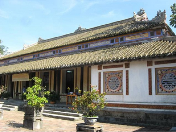 Ta Vu – an office for the functionaries of the feudal government