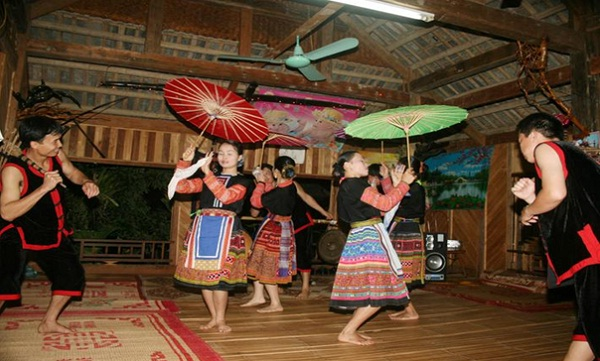 Xoe Dance, a cultural and folklore activity of Thai ethnic people in Mai Chau