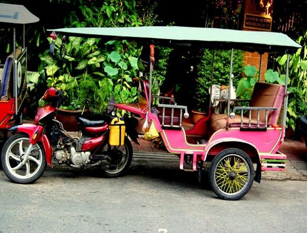 Tuk tuk - the best way to travel around Phnom Penh
