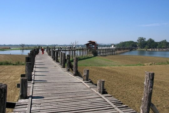 U Bein Bridge – the most wonderful places to watch sunset