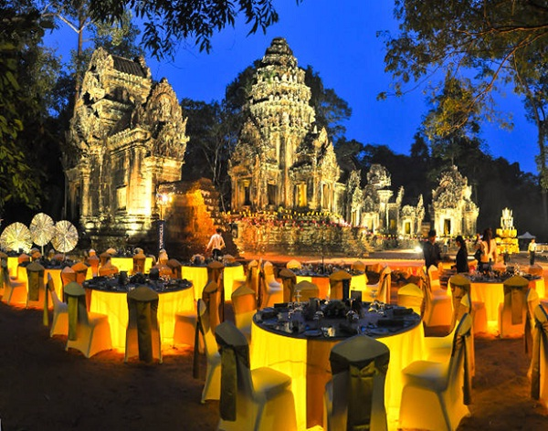 Dining at Angkor Borei