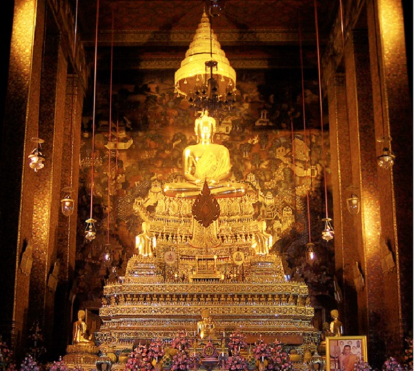 One of the Buddha statue in Wat Pho