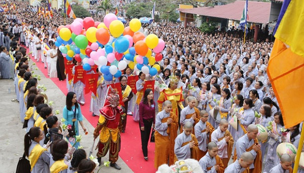 A Traditional Fetsival in Danang