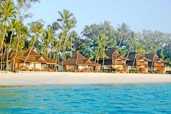 Amazing Ngapali Resort Faces Beach Myanmar