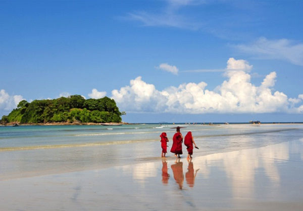 The pristine beauty and enthralling natural sceneries of Ngwe Saung Beach