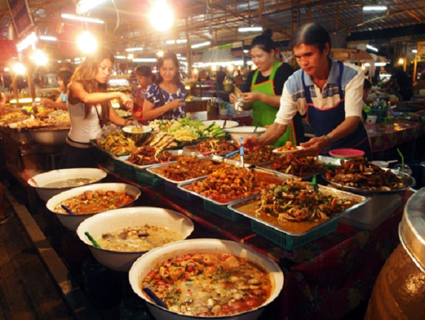 Food experiences in Thepprasit, Thailand