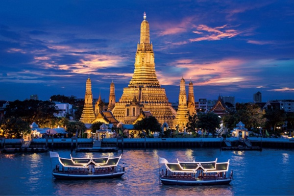 Must-go attractions at night in Bangkok, Thailand