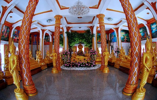 Wat Chalong has typical architecture of the temples in Thailand
