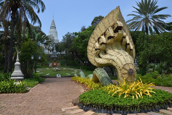 Wat Phnom, the symbol of Phnom Penh