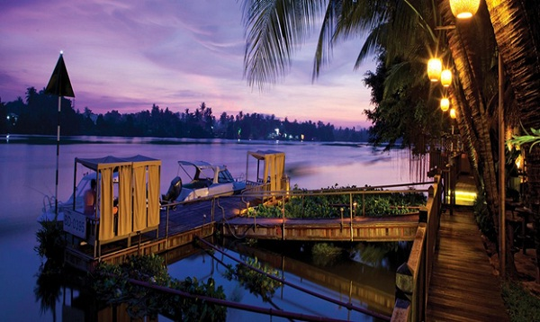 An Lam Saigon River hotel with river-watching rooms