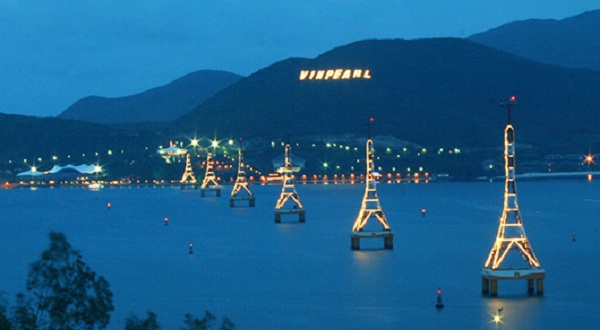 Vinpearl Land, hot point in Nha Trang