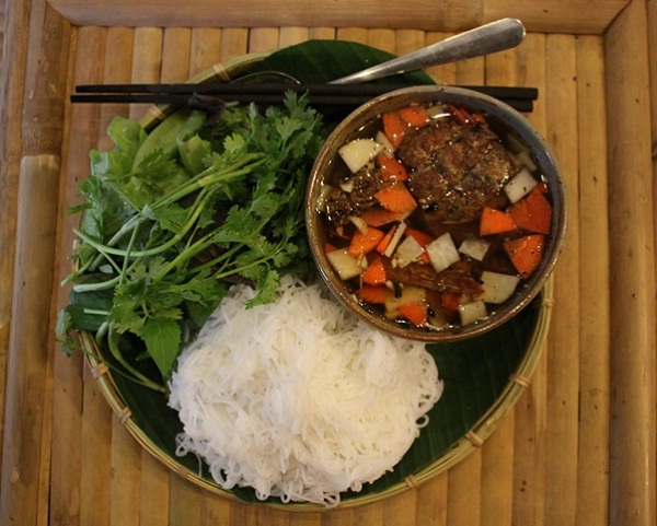Bun cha Hanoi, the name has been called - NoVN Travel