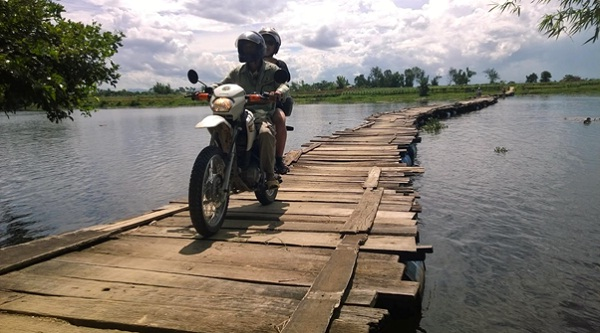 Explore Vietnam by motorbike will be one of your memorable experiences