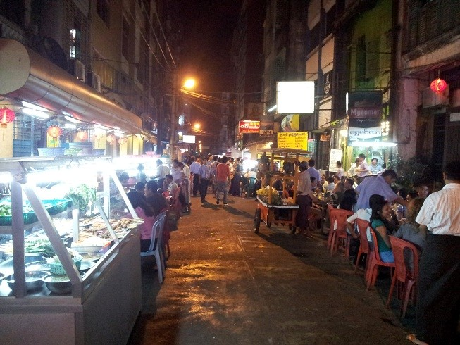Chinatown Yangon – don't miss before leaving Yangon