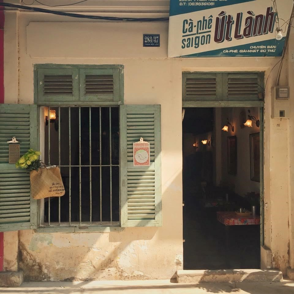 Ut Lanh coffee shop