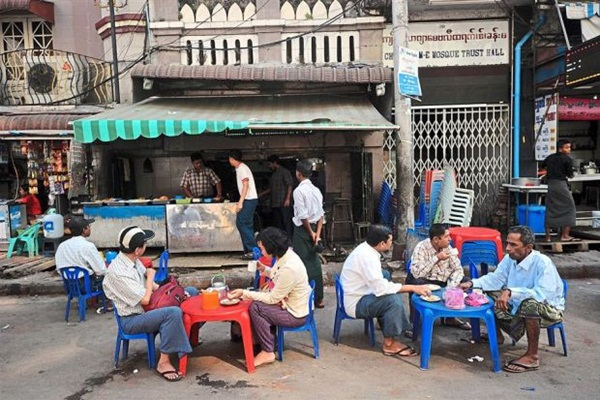 Sipping tea at a roadside tea stall should be on the list of what to do in Yangon