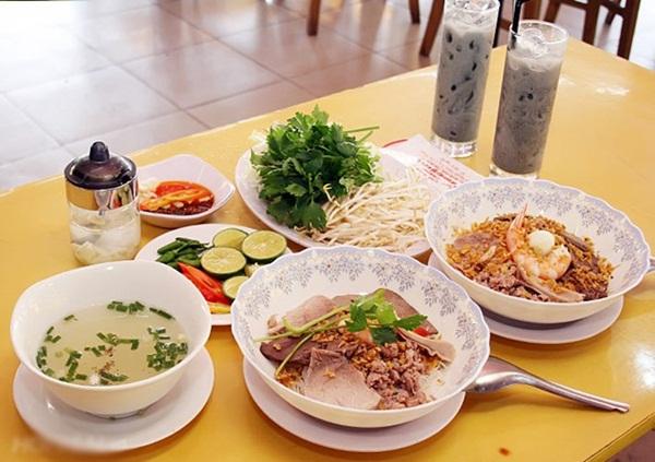 Hu Tieu Nam Vang in dried form
