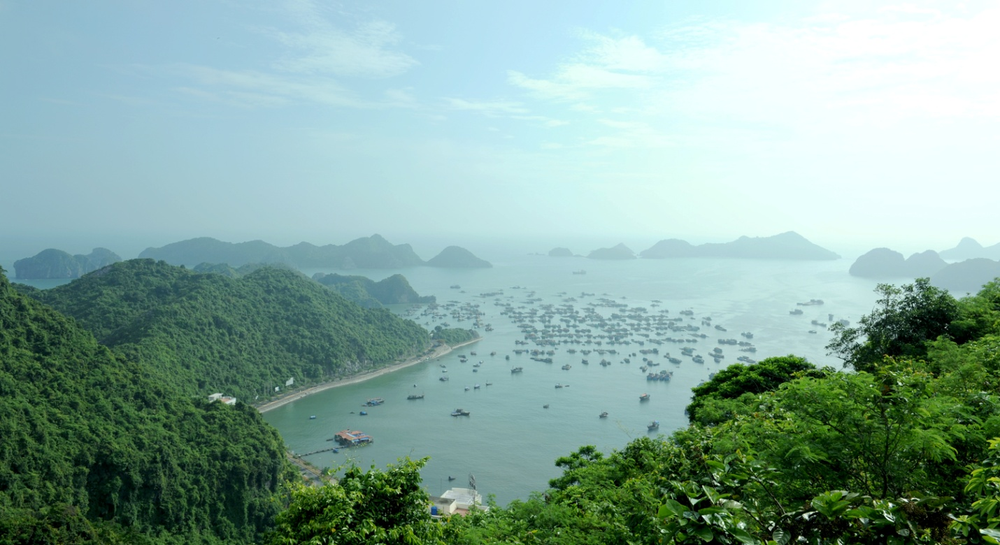 A view of Cat Ba Beaches