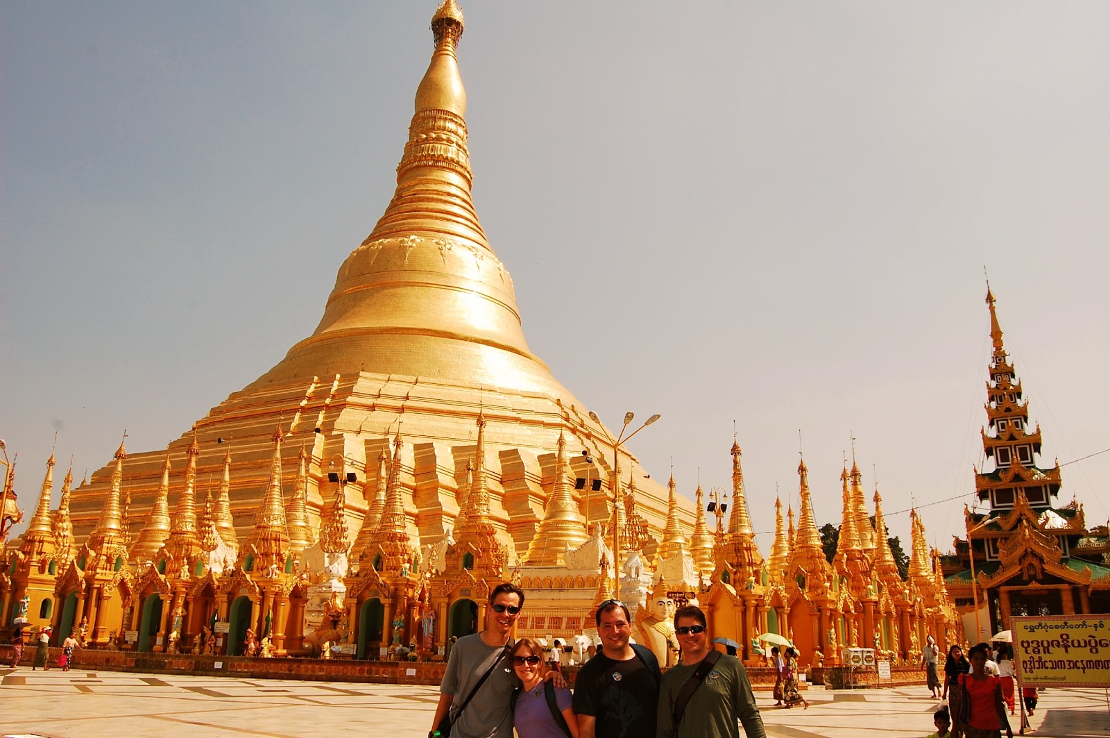 Tourists take a photo as the souvenir in Shwedagon Pagoda Festival